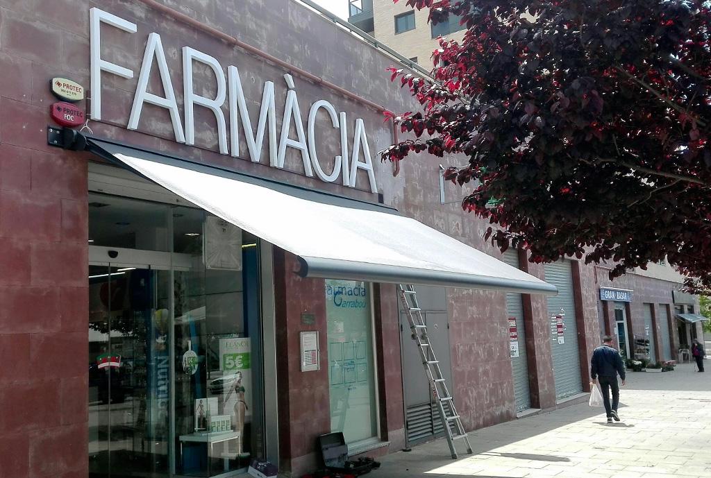farmacia-garrabou-01