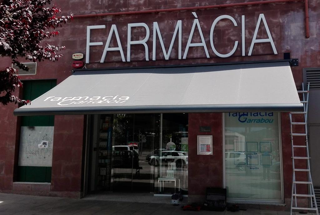 farmacia-garrabou-02