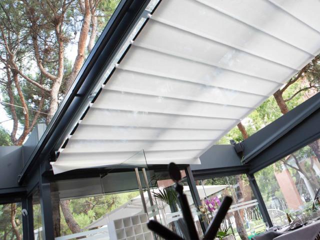 Los techos móviles: también son sistemas de protección solar y acústica